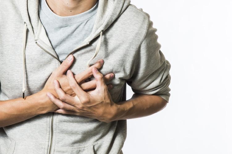Resultado de la aplicación del algoritmo 0/1 hora de la ESC en pacientes con sospecha de infarto de miocardio