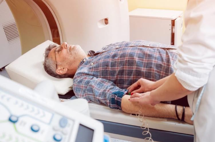 Ateneo Central Online   Utilidad de la angiotomografía coronaria multicorte en la enfermedad coronaria